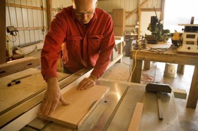 """11. Професия """"Работник в дървообработването"""", код 543030,"""